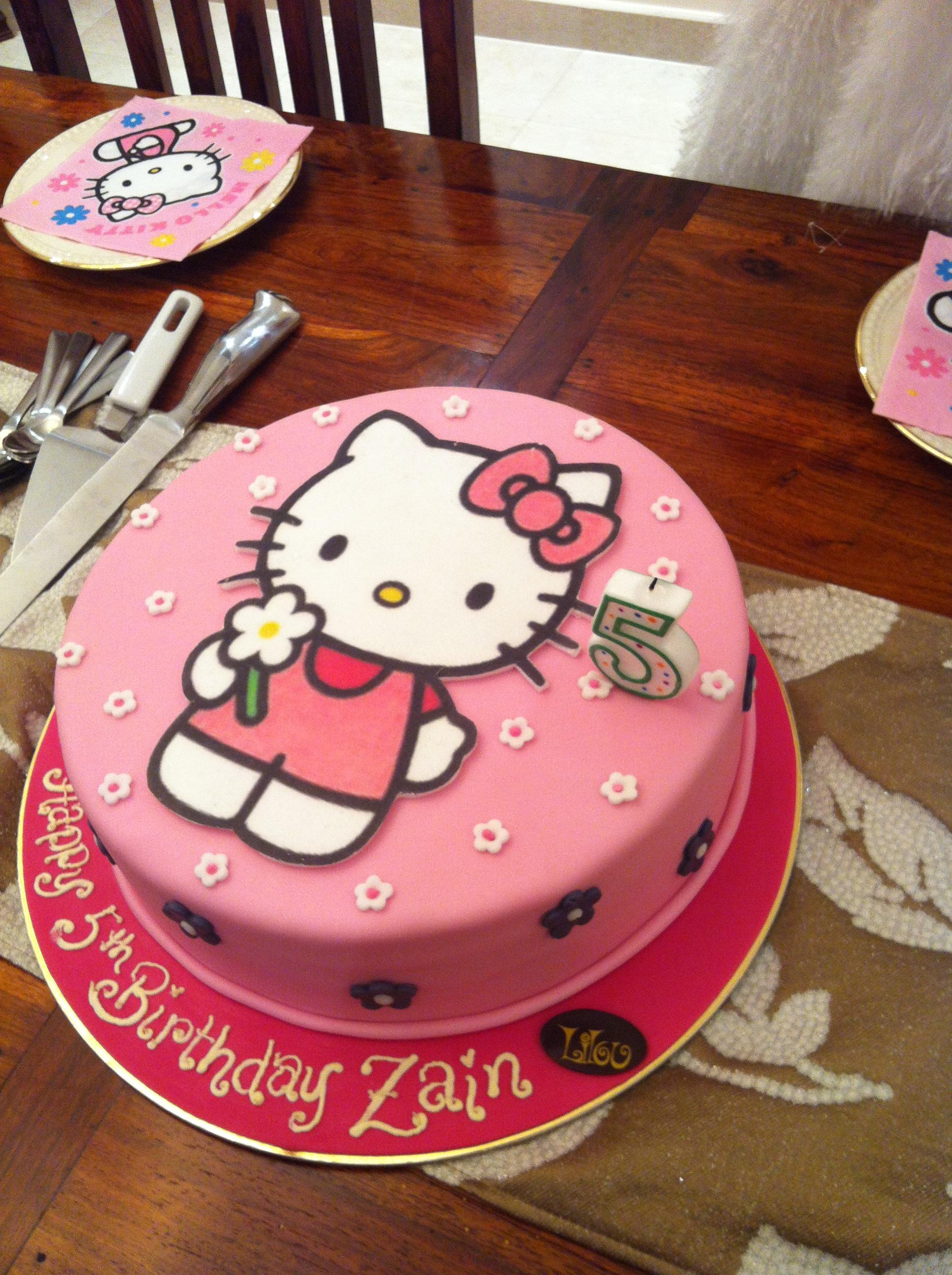 Cafe Lilou Bahrain S Cake Heaven Alex Of Arabia S Blog